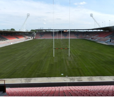 Renovation de la pelouse du Stade Ernest Wallon à Toulouse (2011)